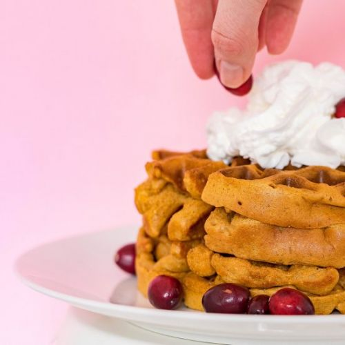 Easy Gingerbread Waffles