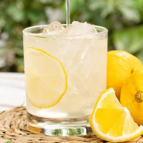 Healthy, Refreshing Lemonade