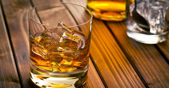 We Asked 10 Drinks Pros: Which Scotch Offers the Best Bang for Your Buck?