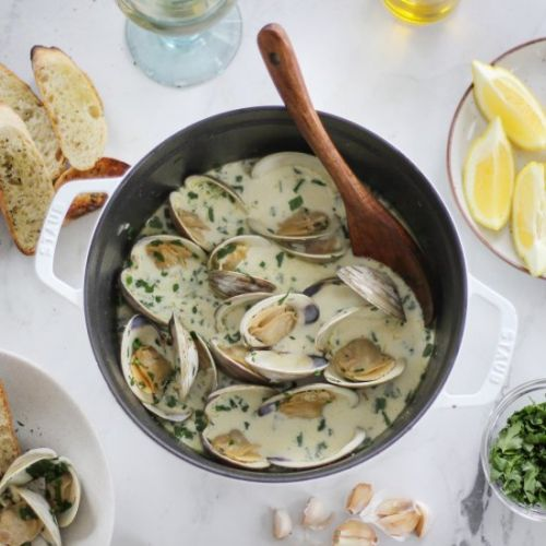 Garlicky Clams in a Creamy Broth