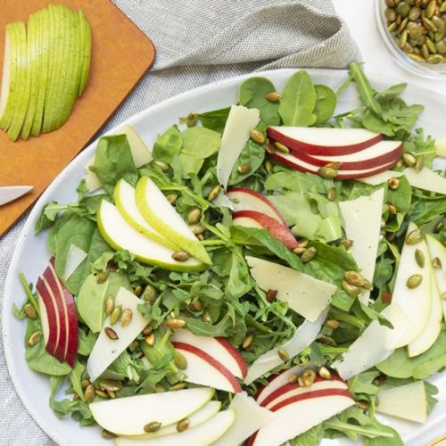 Autumn Salad with Pears and Pepitas